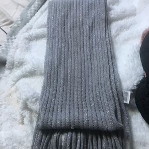 New York and Company gray  scarf